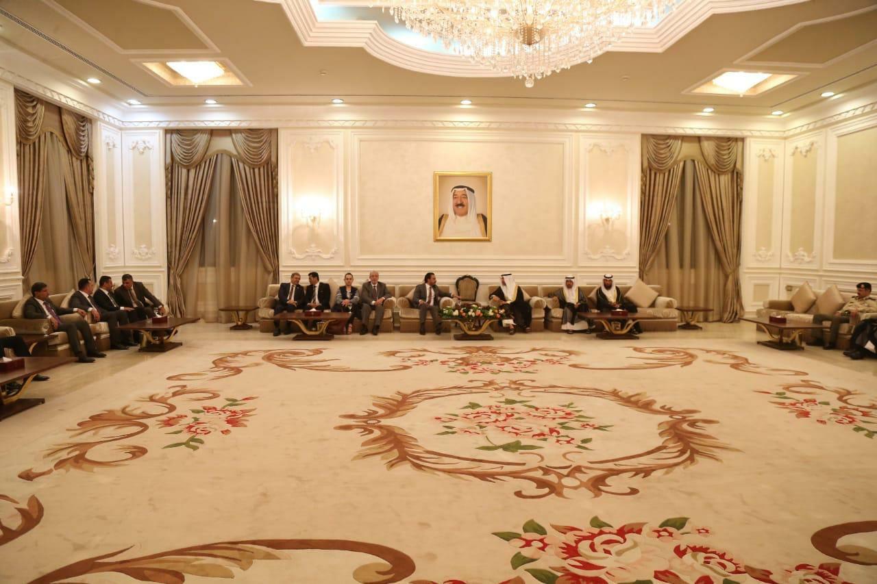 رئيس مجلس النواب محمد الحلبوسي يصل دولة الكويت في زيارةٍ رسمية