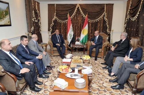 عبد المهدي يبحث مع وفد من الحزب الديمقراطي توحيد الجهود لتشكيل الحكومة