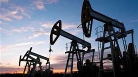 بعد الخسائر الثقيلة .. أسعار النفط تستقر من جديد
