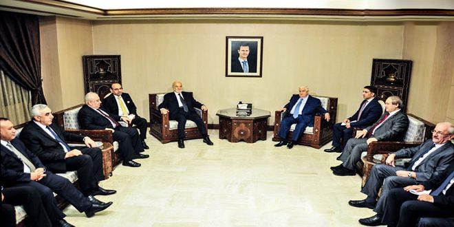 المعلم يشيد بمواقف العراق في المحافل العربية والدولية المتضامنة مع سورية