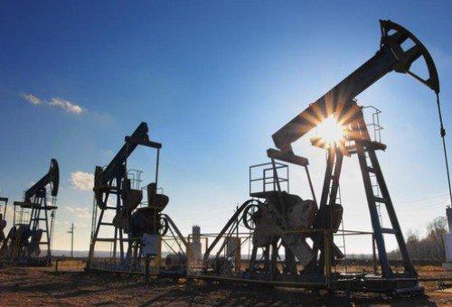 أسعار النفط تشهد تراجعاً في الأسواق العالمية