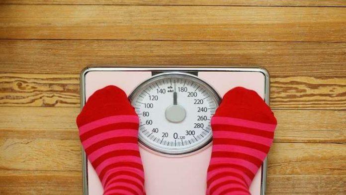 دراسة حديثة: قياس الوزن يوميا يساعد على إنقاصه