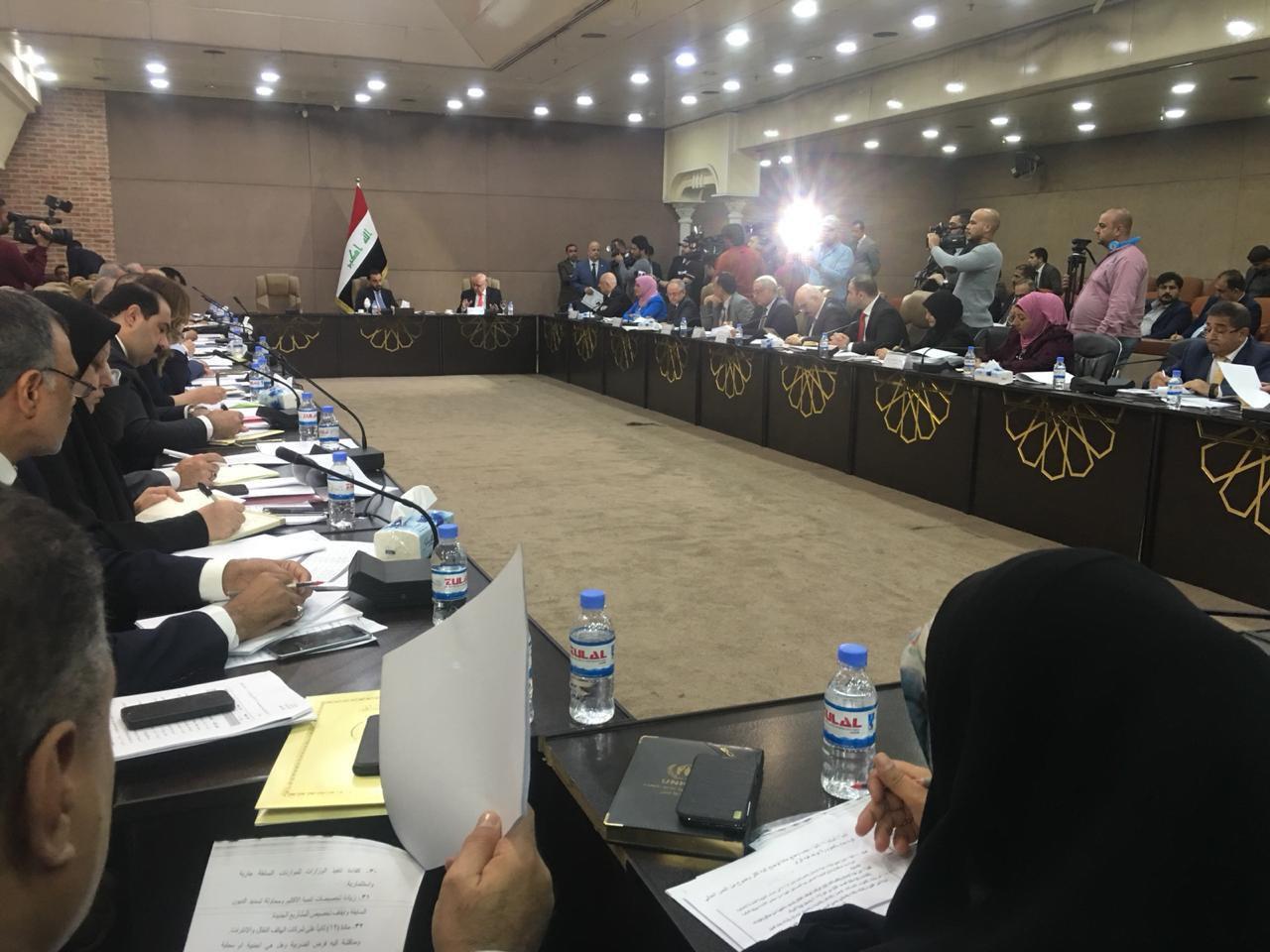 الحلبوسي يفتتح اجتماع اللجنة المالية مع اللجنة الحكومية لمناقشة موازنة 2019