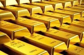 انخفاض اسعار الذهب مع استقرار الدولار قرب ذروة 16 شهر