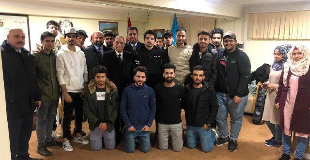 سفير عراقي يدخل السجن ويضرب عن الطعام تضامنا مع طلاب عراقيين في اذربيجان