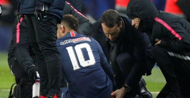 الإصابة قد تحرم نيمار من مواجهة مانشستر يونايتد