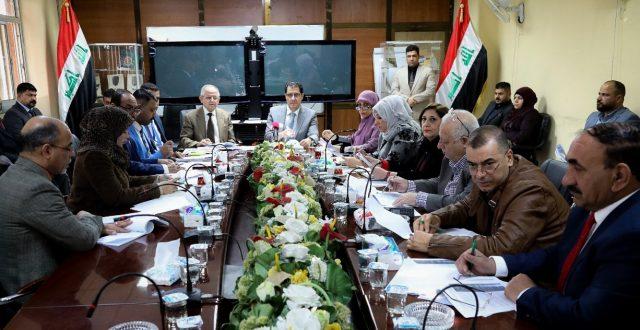 وزير التخطيط يعلن عن خطط الوزارة الاستراتيجية لدعم قطاع المقاولات في العراق