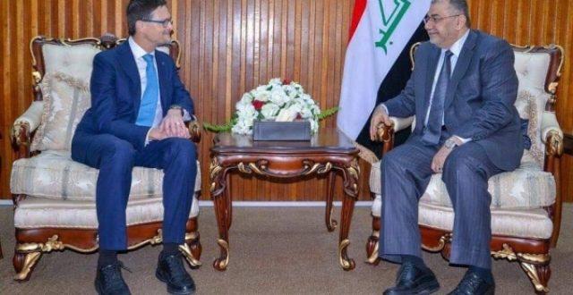 العراق يمنح كندا زمالات دراسية في تخصصات انسانية