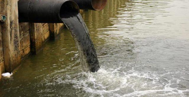 البخاتي يحمل أمانة بغداد مسؤولية تلوث مياه المدائن ويكشف عن حلين