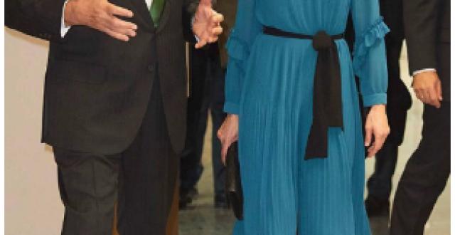 صورة  لن تصدقوا كم بلغ ثمن فستان ملكة إسبانيا بعد التنزيلات!