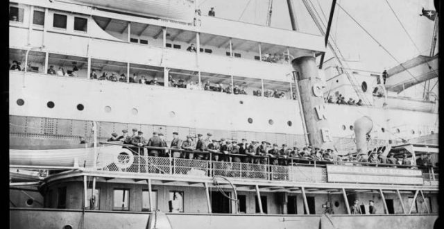 في ذكرى غرق تيتانيك.. قصة الناجي العربي الوحيد من الكارثة