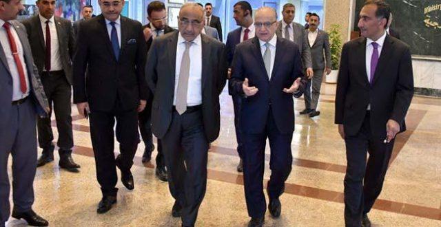 عبد المهدي يجري زيارة تفقدية لمقر وزارة الخارجية ببغداد