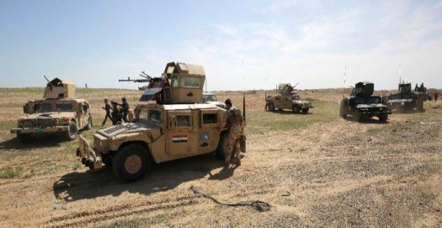 تدمير 11 مضافة والاستيلاء على أسلحة في صحراء ألانبار
