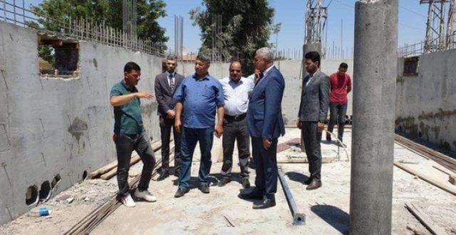 ملا طلال يعد أهالي الصويرة بإستحصال الموافقات لبناء مدرسة جديدة في القضاء