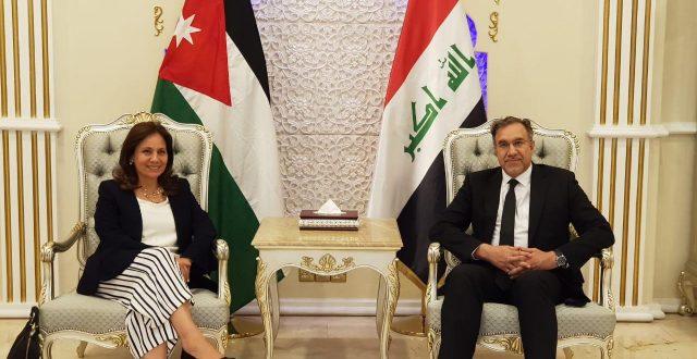 العراق والاردن يتفقان على برنامج زمني لانجاز الربط الكهربائي وتبادل الطاقة بين البلدين