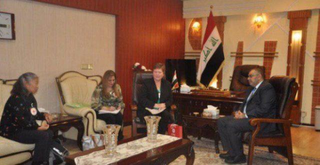 الصليب الأحمر يبحث إنشاء أول كلية من نوعها في العراق