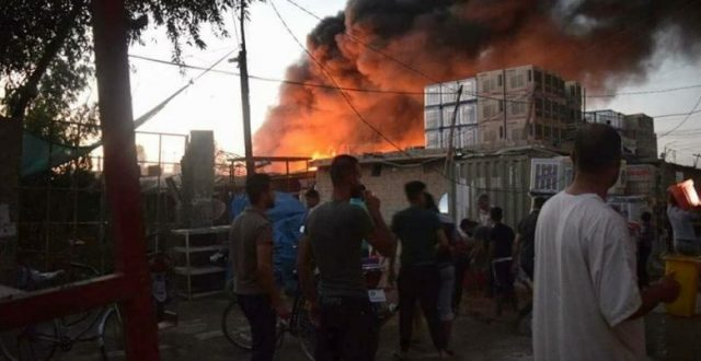 اندلاع حريق في مبنى من 4 طوابق وسط بغداد وإنقاذ 10 عوائل بداخله
