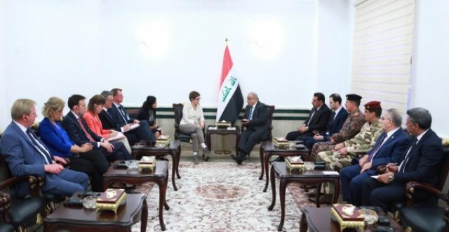 وزيرة الدفاع الالمانية لعبد المهدي: نريد مساعدتكم في تدريب ودعم القوات العراقية