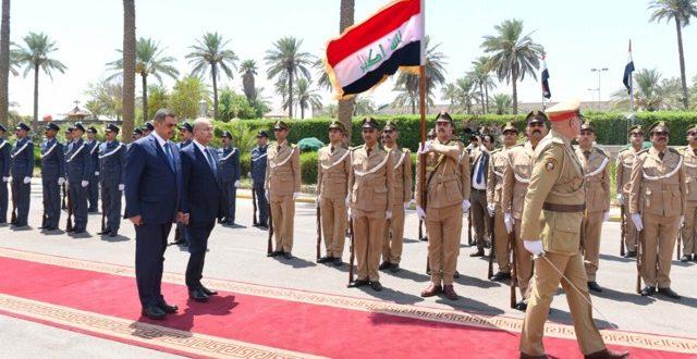 برهم صالح يزور وزارة الدفاع