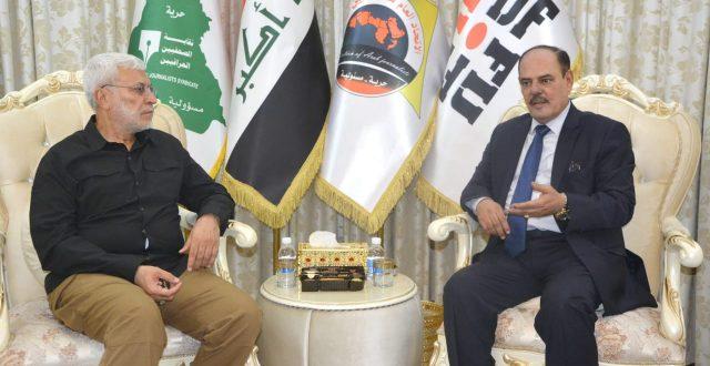 ابو مهدي المهندس خلال زيارته مقر نقابة الصحفيين العراقيين يشيد بالدور المتميز للنقابة وأسرتها الصحفية