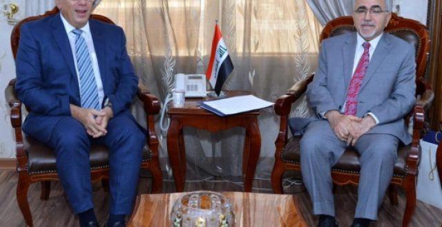 وزير الخارجية اليوناني يزور العراق قريباً
