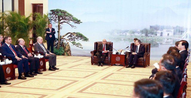 عبدالمهدي يستقبل رئيس مقاطعة خيفي وسكرتير الحزب الشيوعي الصيني فيها