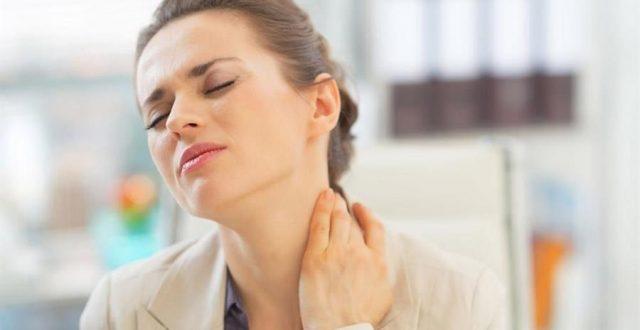 طقطقة الرقبة قد تؤدي لحدوث السكتات الدماغية