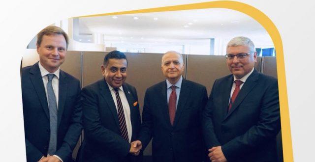 وزير الخارجيَّة يلتقي مع اللورد أحمد من ويمبلدون وزير الدولة لشُؤُون الكومنولث والأمم المتحدة في وزارة الخارجيَّة البريطانيَّة