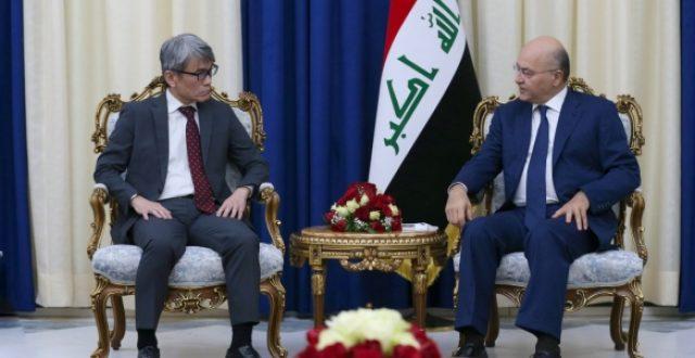 صالح والسفير الياباني يبحثان دعم الاستقرار وارتقاء العلاقات بين البلدين