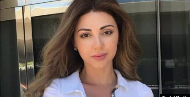 ميريام فارس تطل مع زوجها وابنها بمظاهرات لبنان