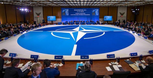 الناتو: العملية التركية في سوريا تهدد بعودة داعش للعراق