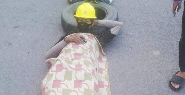 قطع للطرق في مناطق العاصمة ومنع موظفي مدينة الصدر من الذهاب لدوائرهم