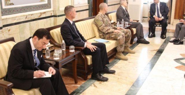 نجاح الشمري يلتقي السفير الامريكي