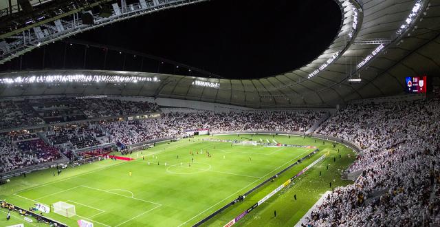 طاقم تحكيم اوروبي يقود مباراة منتخبنا الوطني مع قطر في خليجي 24