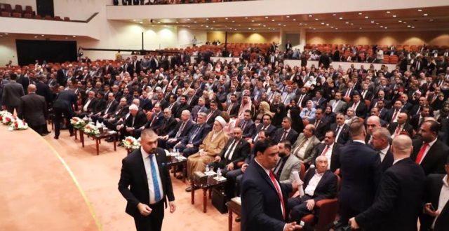 وصول قانون إلغاء امتيازات المسؤولين بالحكومة العراقية الذي صوت عليه البرلمان لوكالة بغداد تايمز