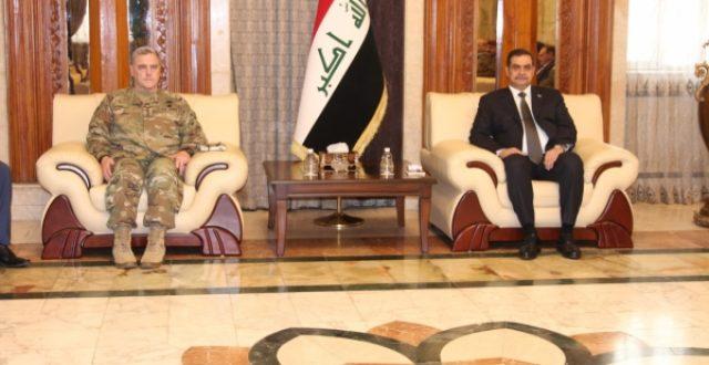 الشمري يستعرض مع هيأة الاركان المشتركة الامريكية مواقف العراق بحضور كبار الضباط