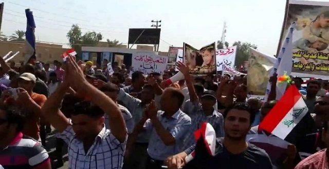 بابل .. استمرار اعتصام المحاضرين المجانيين أمام مديرية التربية