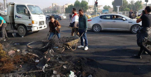 بالصور .. حملة تنظيف واسعة في شوارع الناصرية