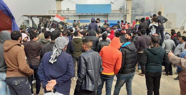 متظاهرون يغلقون محطة الزبيدية الحرارية في واسط ويمنعون دخول وخروج الموظفين