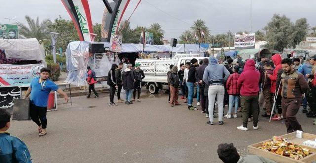 انسحاب الصدريين من ساحة الساعة التي يتواجد فيها المعتصمين في الديوانية