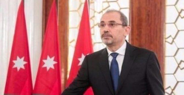 وزير الخارجيَّة الأردني أيمن الصفدي يصل إلى بغداد