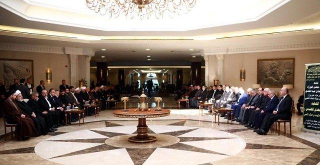 عبد المهدي يقيم مجلس عزاء على أرواح شهداء الحشد الشعبي في الخضراء