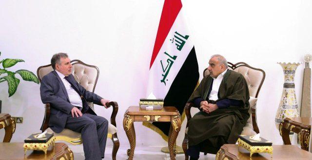 عبدالمهدي يبحث جهود تشكيل الحكومة مع رئيس الوزراء المكلف محمد توفيق علاوي