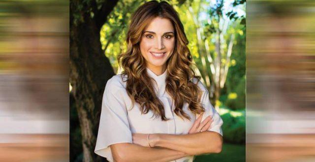 الملكة رانيا تنشر صورة للعاهل الأردني ونجلهما وتدعو لهما