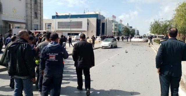 إرهابي يفجر نفسه قرب السفارة الأمريكية في تونس