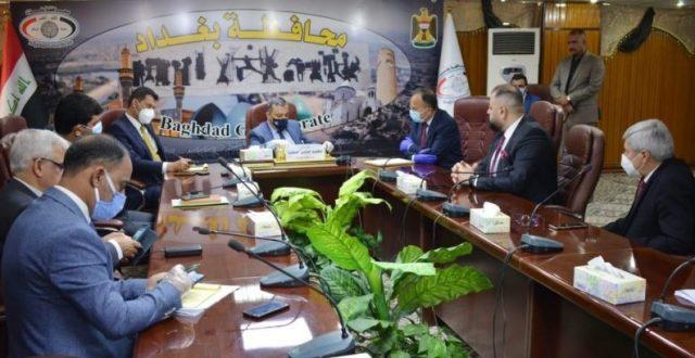 """محافظ بغداد يدعو  إلى فرض """"الحظر الشامل"""" بعد تزايد الإصابات بكورونا"""