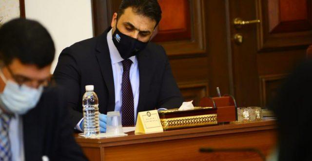 اللجنة العليا: فرض الحظر الشامل لمدة اسبوع وايقاف رحلات الوافدين