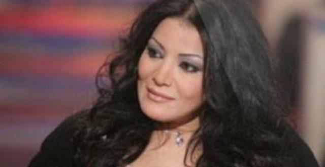 """المطربة المصرية""""ليلى غفران تنشر صورة لها مع ابن شقيق صدام حسين"""