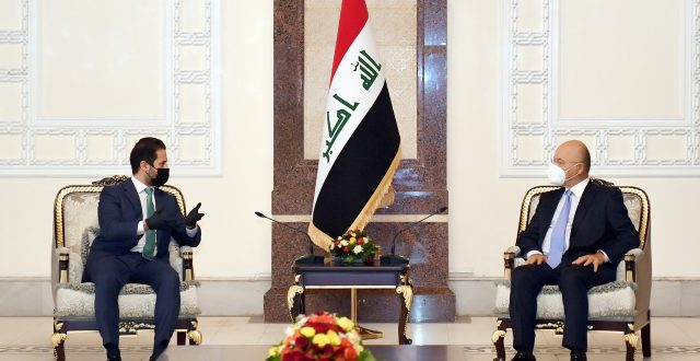رئيس الجمهورية للوفد الكردي: يجب الوصول لحلول جذرية للمسائل العالقة بين المركز والإقليم