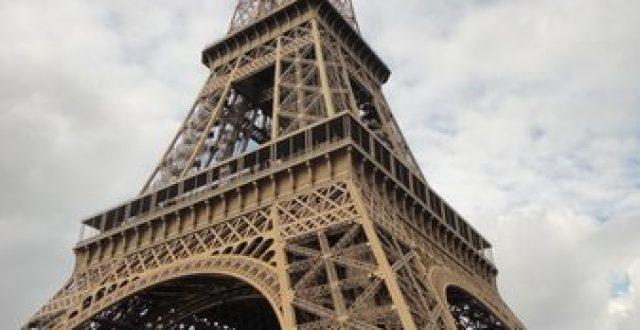برج إيفل يعيد فتح أبوابه في 25 يونيو بعد إغلاق دام 3 أشهر وهي أطول فترة إغلاق منذ الحرب العالمية الثانية